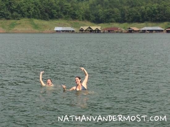 Mae Ngat Dam Swimming