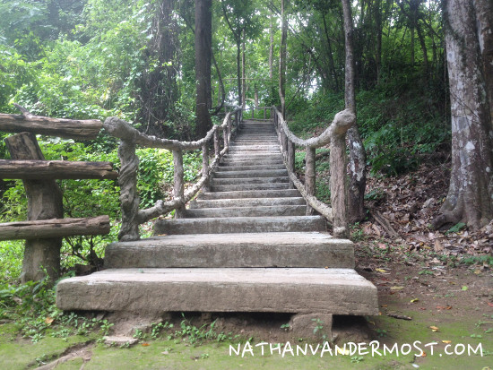 2-Buatong_Waterfalls