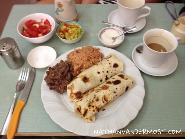 Caphe-129-Breakfast-Burrito